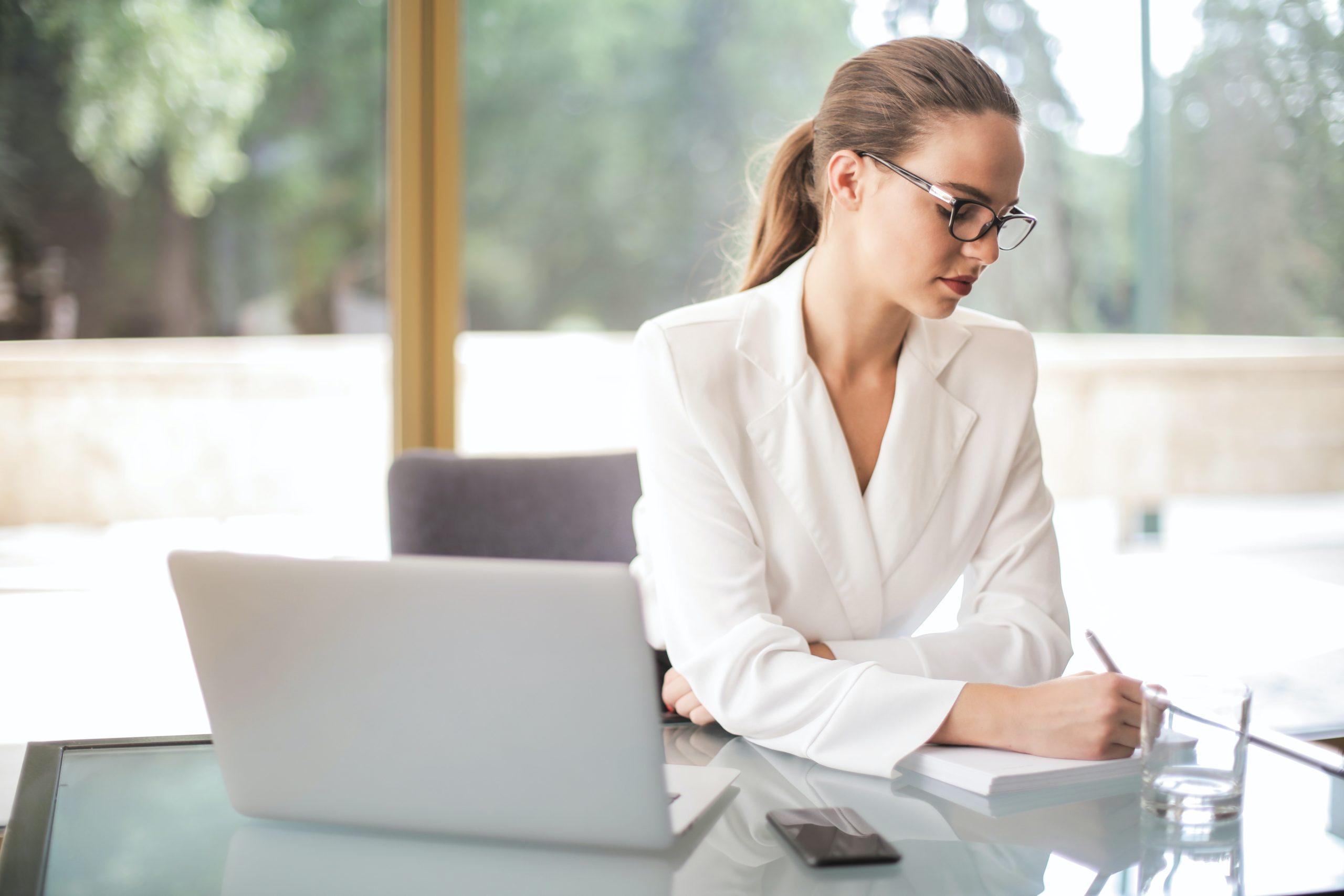 auge-legal-fiscal-blog-teletrabajo-como-herramienta-conciliacion